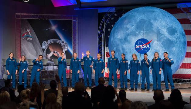 foto de La nueva promoción de astronautas de la NASA, la primera en graduarse desde que la agencia anunció su programa Artemis