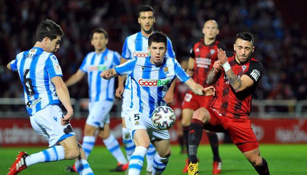 Foto del partido entre el Mirandés y la Real Sociedad del partido de vuelta de la semifinal de la Copa del Rey.