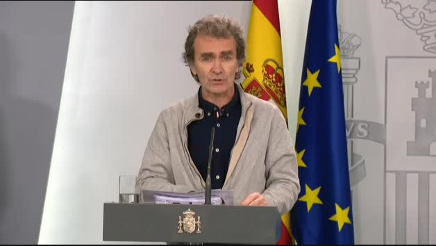 Fernando Simón cifra en 8.744 casos por coronavirus y 297 fallecidos
