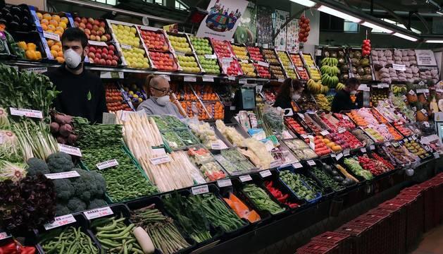 Los mercados de Pamplona de protegen ante el coronavirus