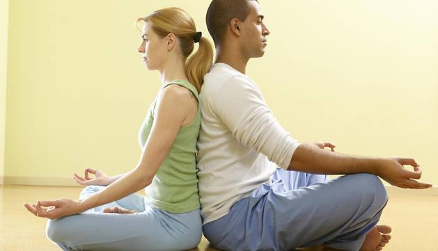 La plataforma The Holistic Concept ha abierto sus contenidos con ejercicios para relajarse, mantener una actitud positiva y estirar el cuerpo.
