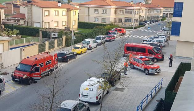 Foto de efectivos de Policía Foral en Beriáin para una detención.