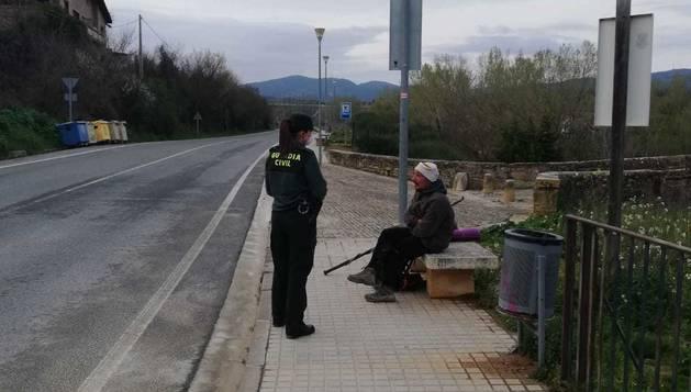 La Guardia Civil localiza a un peregrino desorientado en Espinal