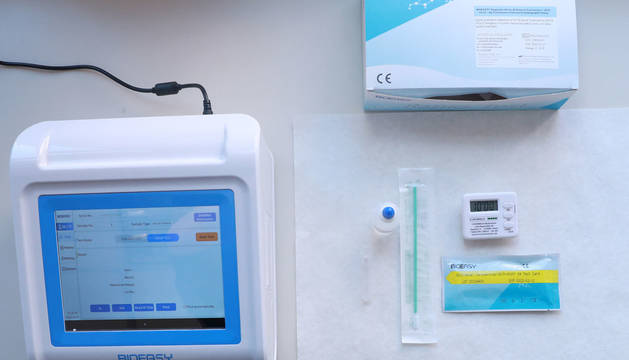 Material para realizar un test rapidos de coronavirus.