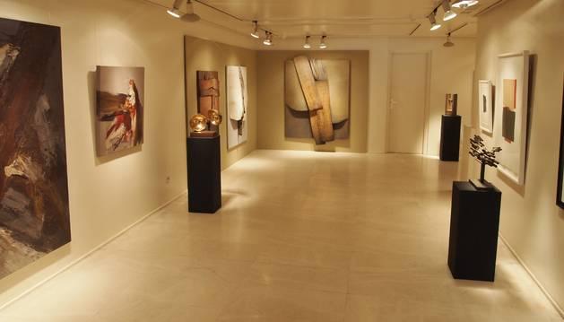 Imagen de una exposición en la galería Fermín Echauri.