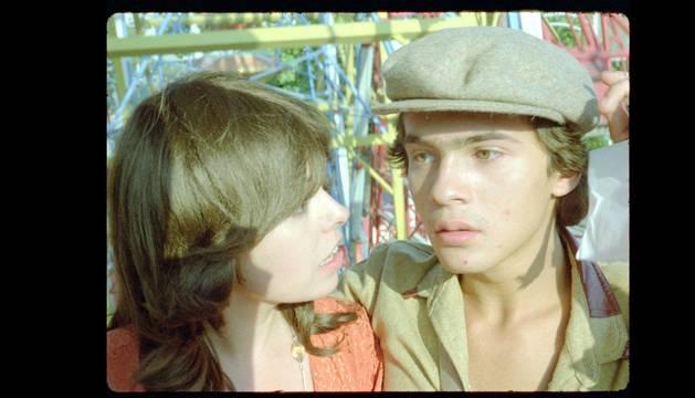 Foto de Lina Romay y Emilio Álvarez, protagonistas de Vaya luna de miel, de Jess Franco.