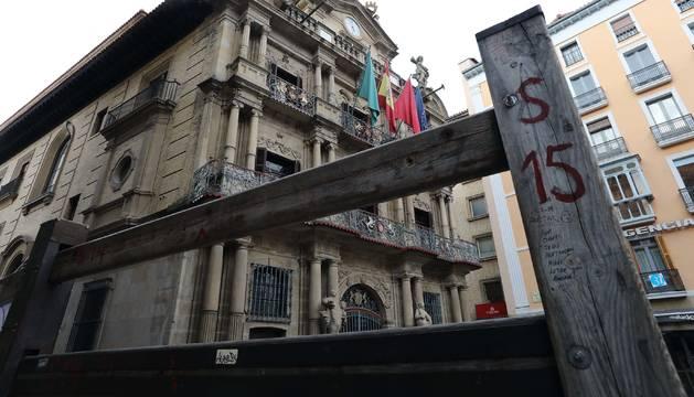 El Ayuntamiento de Pamplona sigue trabajando en las contrataciones para las fiestas de San Fermín.