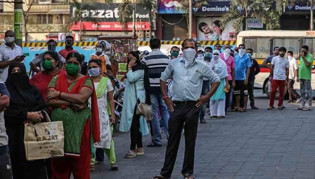 India confina a sus 1.300 millones de habitantes para frenar el coronavirus