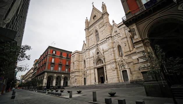 Una calle vacía en Nápoles, este jueves.