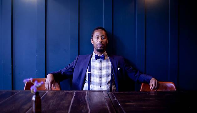 Foto del cantante de Burundi afincado en Reino Unido JP Bimeni.