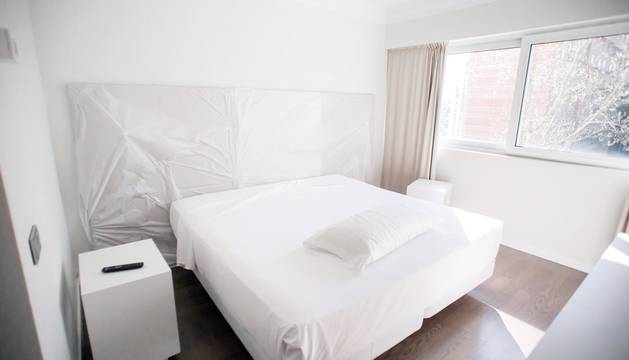 Salud habilita el hotel NH Iruña Park y el sótano de Urgencias del CHN para positivos en coronavirus