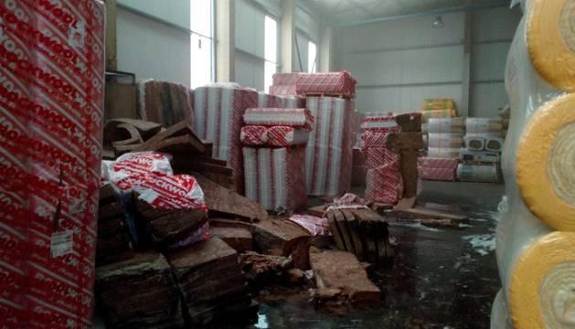 foto de Sofocado un fuego en una empresa de Tudela