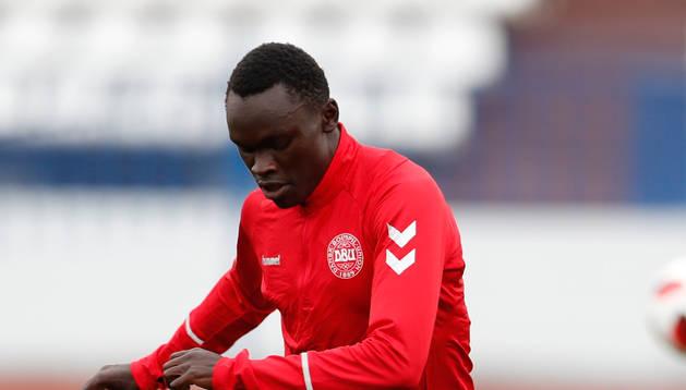El futbolista danés Pione Sisto en un entrenamiento con su selección.