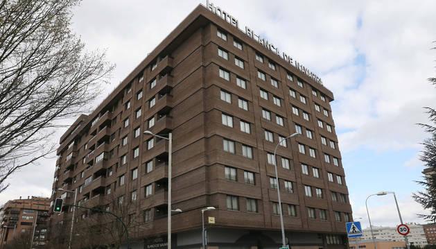 Foto de la fachada del Hotel Blanca de Navarra, en Pamplona.