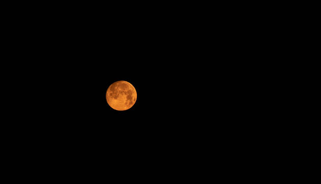 Imágenes de la Luna Rosa de Abril 2020