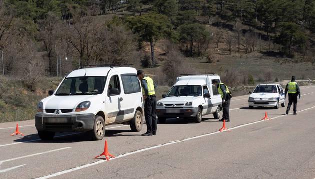 Foto de un control de tráfico de la Guardia Civil.