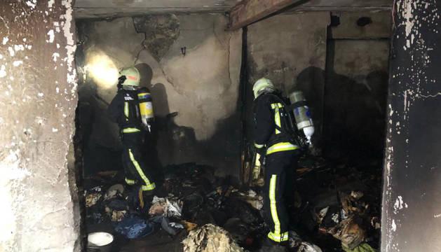Desalojadas tres viviendas por un incendio en Abárzuza