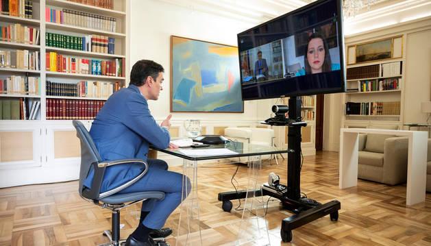 Sánchez obtiene el 'sí' a su mesa de diálogo de Podemos, Junts y Ciudadanos