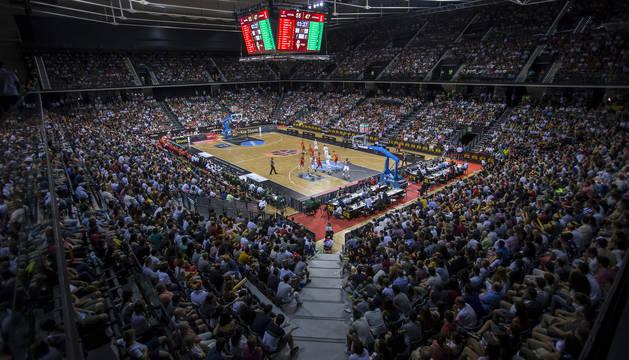 El aspecto de las gradas del Navarra Arena en el partido que enfrentó a España contra Lituania, el pasado mes de agosto.
