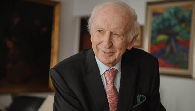 Leopoldo Abadía.