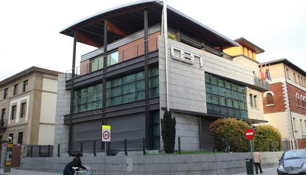 Foto exterior de la sede de la CEN.
