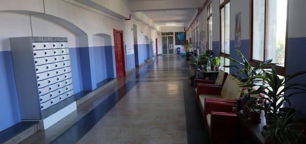 Jesuitas abre sus puertas y muestra la vida escolar congelada
