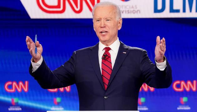 Biden, durante un debate demócrata.