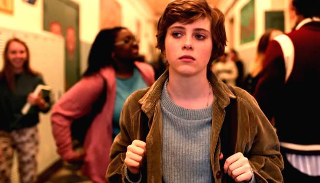 Fotograma promocional de la serie de Netflix 'Esta mierda me supera'