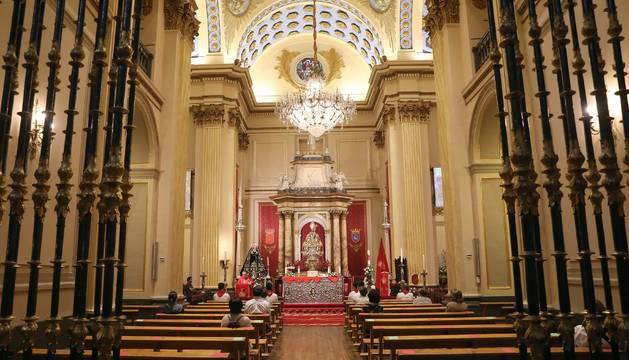 Capilla de San Fermín en la misa de la Escalera del 5 de mayo.