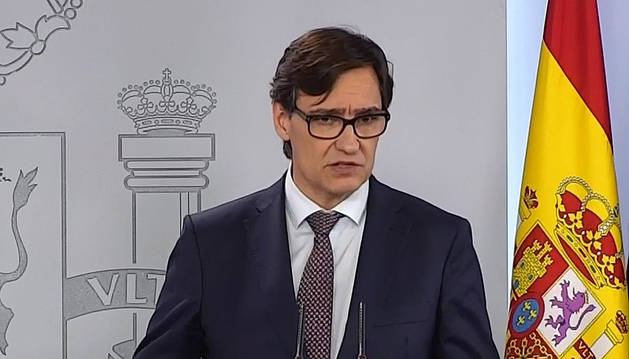El ministro de sanidad Savador Illa durante la rueda de prensa en La Moncloa este domingo.