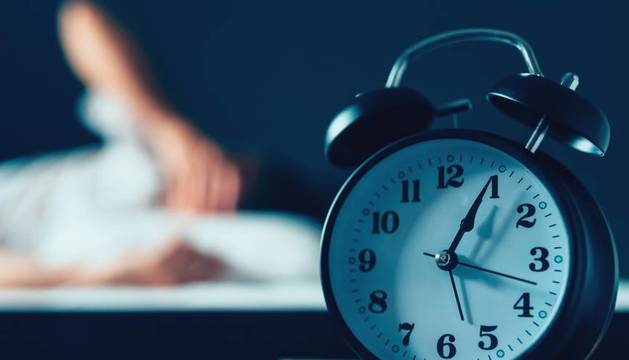 El cambio de hábitos por el confinamiento y las preocupaciones alteran a muchos el ritmo de sueño.