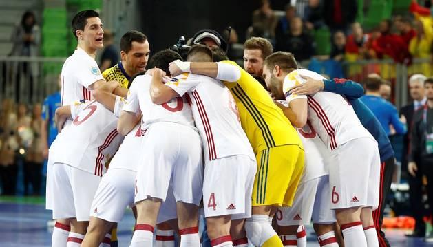 Foto de jugadores de la selección española de fútbol sala, en un partido del Europeo de 2018.