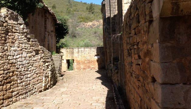 Vista de las viviendas aledañas  a la ermita, uno de los dos proyectos puestos en marcha.