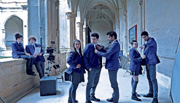 Rodaje de la serie El Internado Las cumbres en el monasterio de Irache, el pasado 26 de febrero.