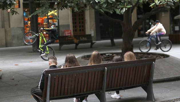 Polémica por las quedadas de jóvenes: ¿fase 1 o desfase?