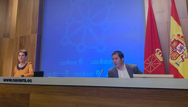 María Chivite y el presidente de la FNMC, Juan Carlos Castillo.