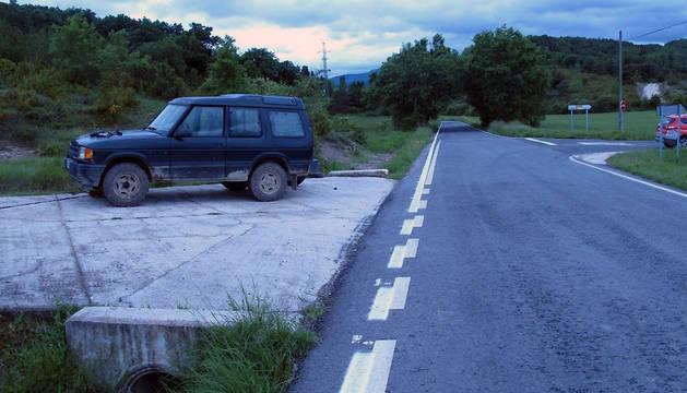 Imagen del vehículo todoterreno que fue sustraído por el detenido.
