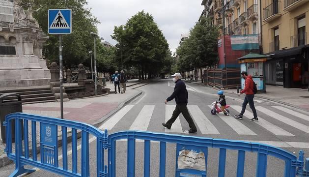 Este sábado se las iniciado la peatonalización del paseo Sarasate, con los cambios de tráfico y modificación de las paradas de villavesas.
