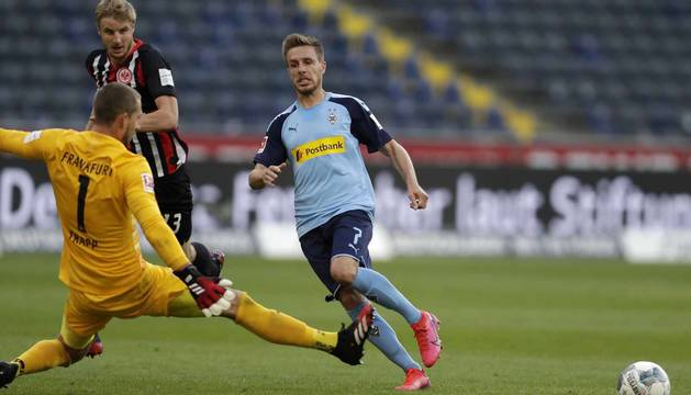 Foto del partido disputado el 16 de mayo de 2020 entre el Eintracht de Frankfurt y el Borussia Moenchengladbach.