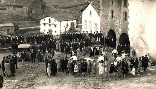 El pasado fotográfico de 85 localidades navarras, archivado en Pamplona