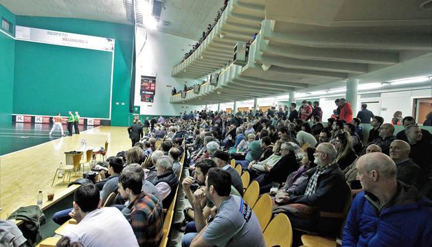 Foto panorámica del frontón Labrit en uno de los festivales del Campeonato de Parejas 2020.