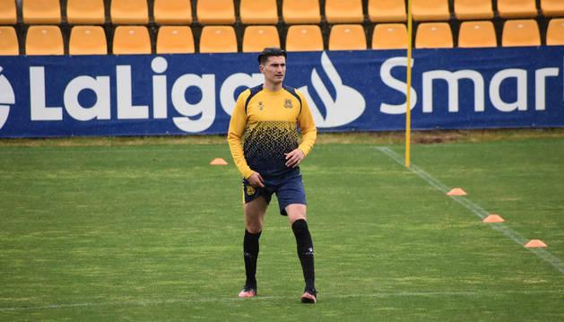 Foto de Luis Perea, antes de comenzar un entrenamiento la semana pasada en el Santo Domingo de Alcorcón.