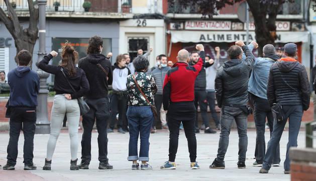 Foto de la concentración en Pamplona en apoyo al preso de ETA Patxi Ruiz.