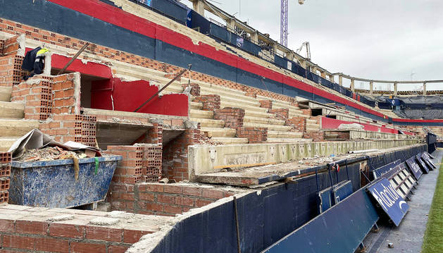Así está estos días Graderío Sur, la zona más bulliciosa del estadio de El Sadar. Aquí se construirá la grada muro. º