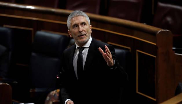 Marlaska elude contestar a la oposición si ordenó pedir información al coronel cesado