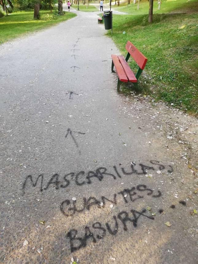 El PSN critica el incremento de suciedad y la saturación de papeleras en los parques