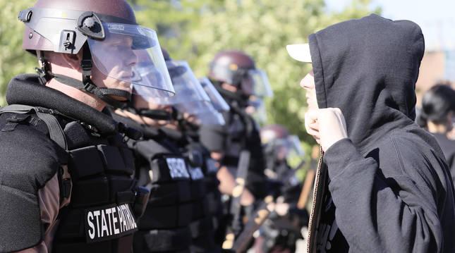 foto de Protesta a raíz de la muerte de George Floyd a manos de la policía en Minneapolis