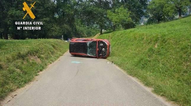 Foto del estado en el que ha quedado el vehículo tras el accidente.