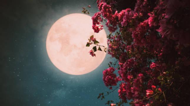 La Luna llena se vuelve 'de fresa' este 5 de junio