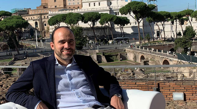 Carlos Garde Macías: Jefe de marketing en Roma
